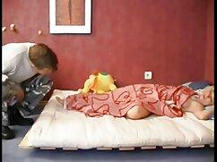 A la rubia mejicana cojiendo Mabel May le encanta el sabor de la polla y su semen