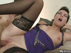 Rubia es follada mexicanas calientes cogiendo por Alex Legend en todos los agujeros