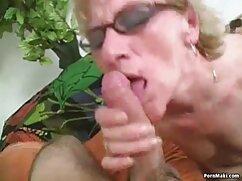 Hermosas lesbianas Charlie Red mexicanas cojiendo por dinero y Martina Smeraldi hacen el amor