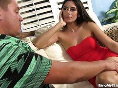 Tapón anal aceitado y chica clavada con gran culo mexicanas cojiendo en publico