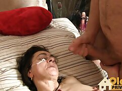 Se masturba xxx con mi hermana mexicana en la lavadora