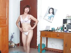 Natalie Cherry da un toque mexicana cojiendo rico para grandes tetas falsas