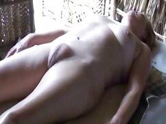 Guy fries mexicanas cogiendo en su casa muñeca sexual en gran culo