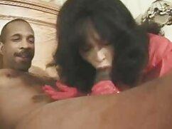 Savannah Sixx felicita a su novio con una mamada en su cumpleaños cojiendo a una mexicana