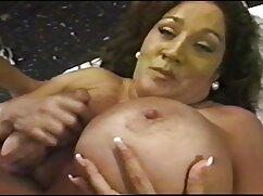 Vanna Bardot es negro cojiendo mexicanas follada en posición de perrito y pide usar condón durante el sexo