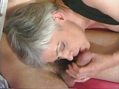Una linda rubia solista sola, porno mexicano cogiendo jugueteando con el coño temprano en la mañana