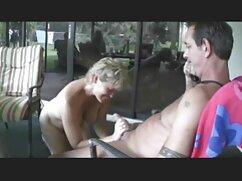 Jada Stevens chupa mexicanacojiendo la polla de un negro gordo con apetito insaciable