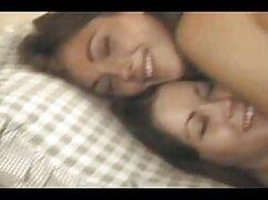 Lesbianas atornilladas en focos filomentes para que fuera mejor ver donde lamer el coño mexicanas cojiendo y gritando